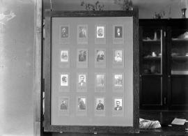 Neg no. 180 : Lincolniana ; Small portraits of Lincoln in swinging frames